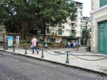聖オーガスティン広場(聖奧斯定前地崗頂前地/St. Augustine Square) – マカオ世界遺産