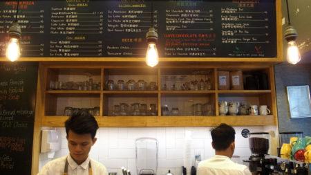 カフェ・PADRE 美味しいコーヒーと気さくなスタッフが最高!