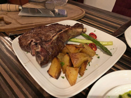 マカオで肉!タイパにある「エル ガウチョ(El Gaucho)」のステーキが美味い!!
