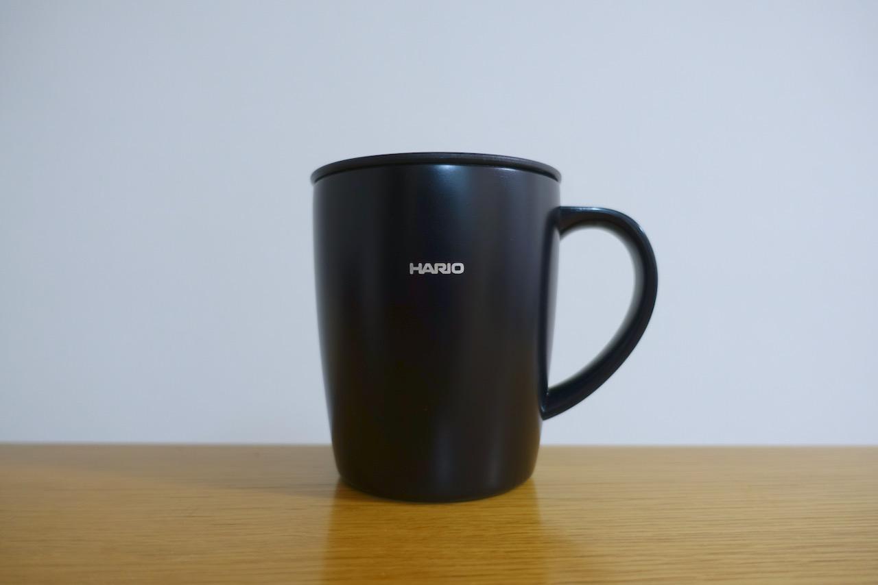 いつまでも暖かいコーヒーを。『HARIO フタ付き保温マグ300』レビュー