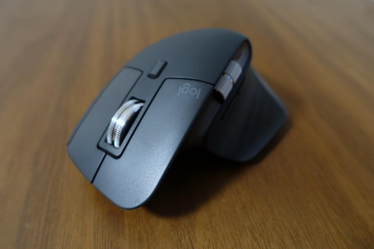 【Logicool:MX Master 3】マウス1つで作業効率がアップする!