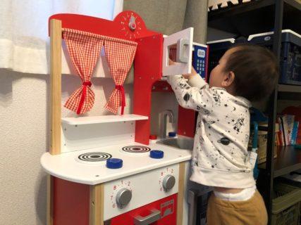 【祝】誕プレ!2歳の息子におままごとキッチンを贈呈したよ。